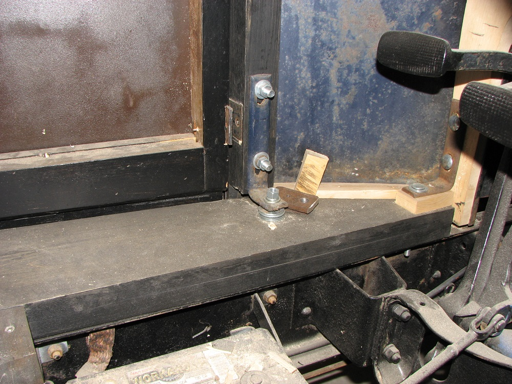 27 chev truck Sept 2 07 008b.jpg