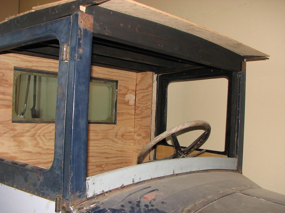27 chev truck Sept 2 07 014b.jpg