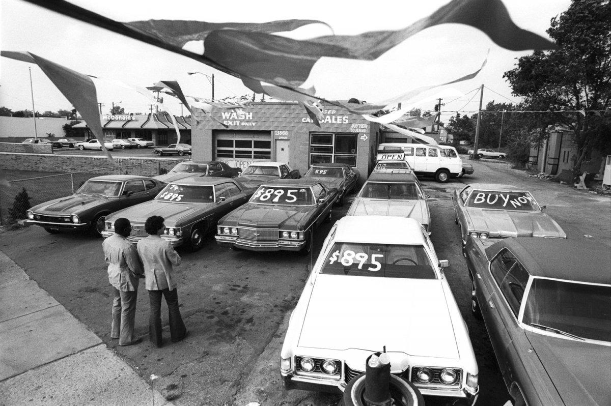 278+Economic+Crisis+Detroit+Car+dealer+LAF177188+(22)+27.jpg