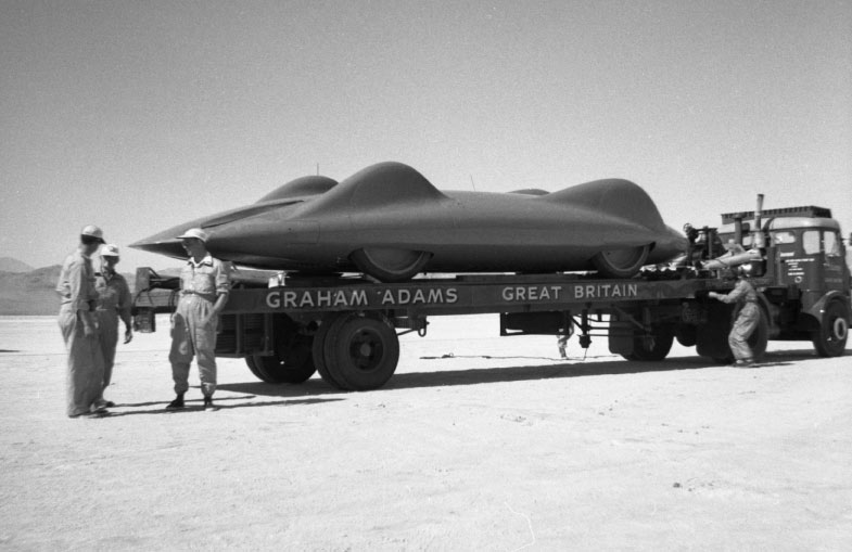 28 Donald Campbell's Bluebird arrives on the Bonneville Salt Flats, September 1960.jpg
