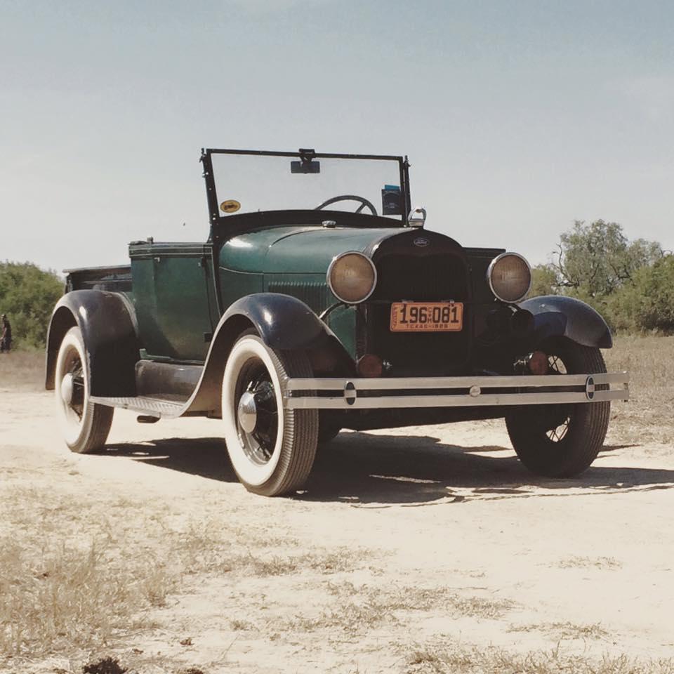 28 roadster pickup.jpg