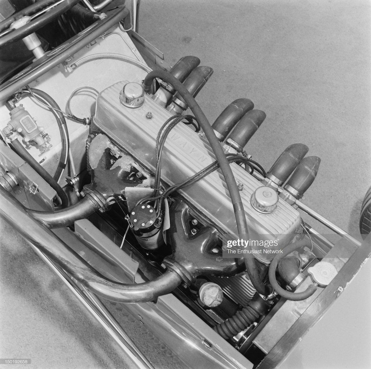 29 Henry & James Service Sprint Car.3.jpg