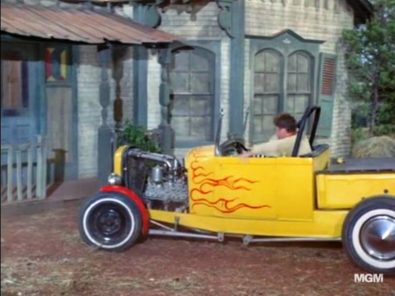 '29 RPU in episode of Green Acres (2).jpg