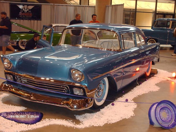 2d8ecedb01ee241d077e5596d0057d53--chevy-girl-old-cars.jpg