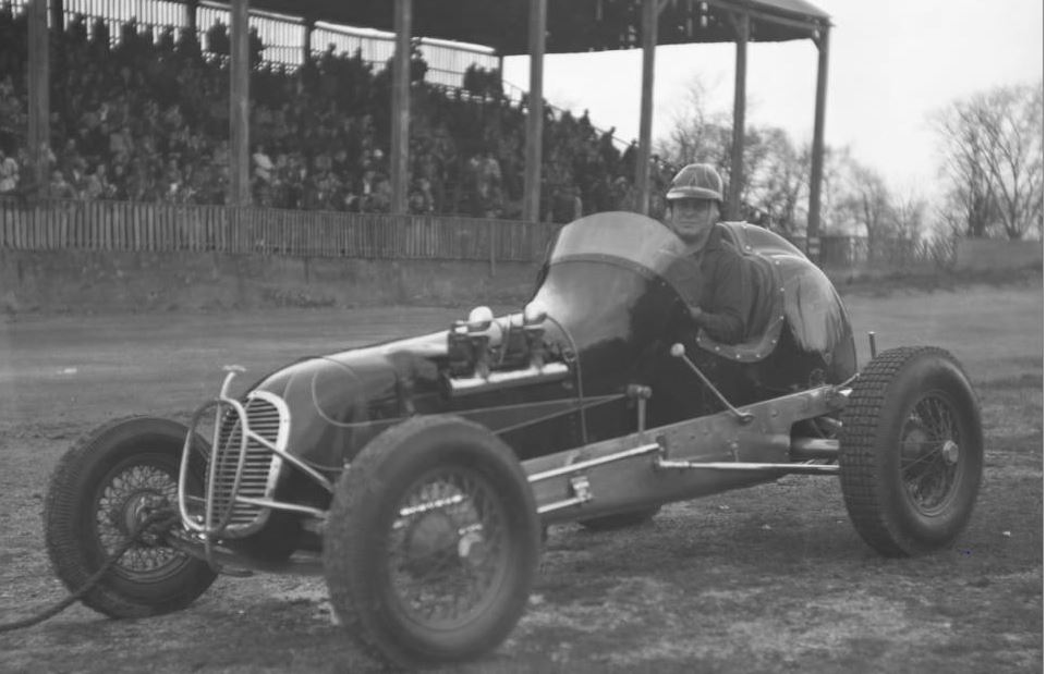 2x-25-b-joe langley 1947 win.JPG