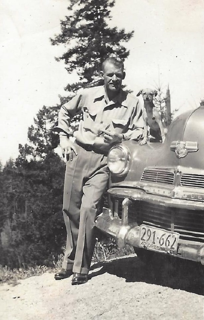 3 2 1942 Olds.jpg