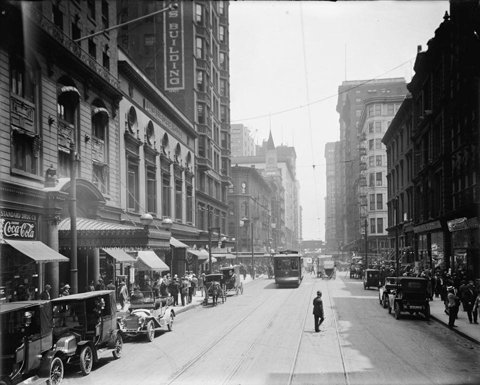 3 4 1910 CHICAGO.jpg