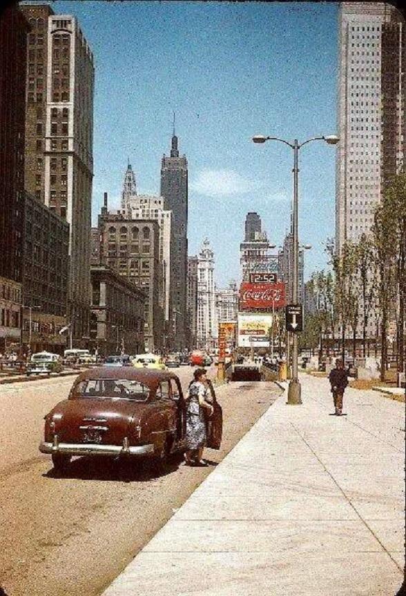 3 4  CHICAGO  1952.jpg