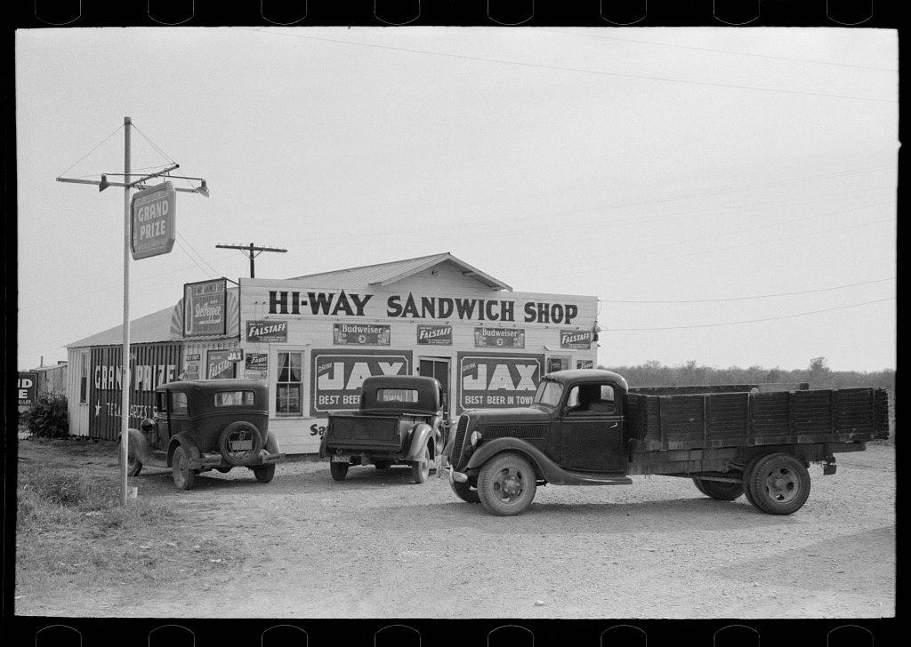 3 4 WACO 1939.jpg