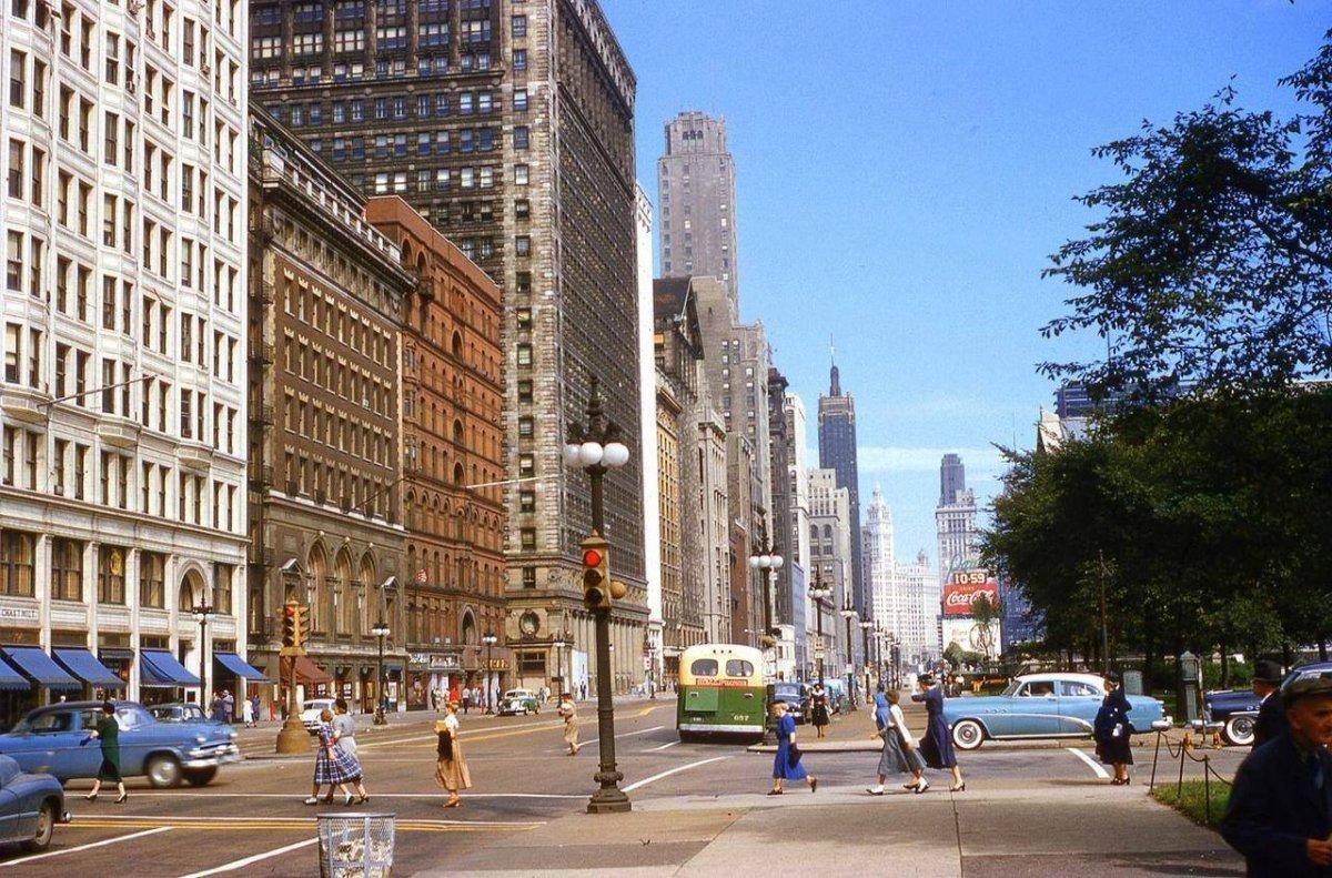 3 5 CHICAGO.jpg