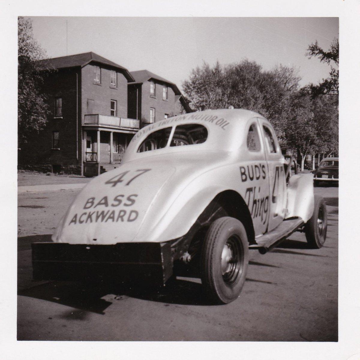 3 - Darlings 47 1954-6.jpg