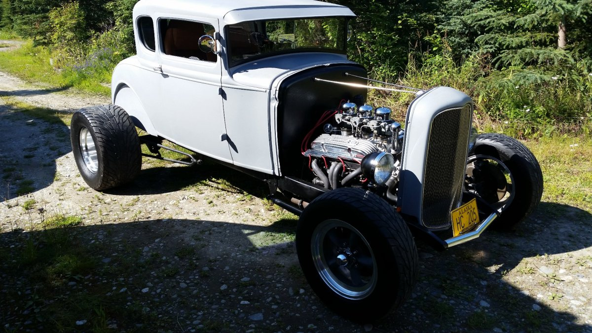 31 Coupe and Bells.jpg