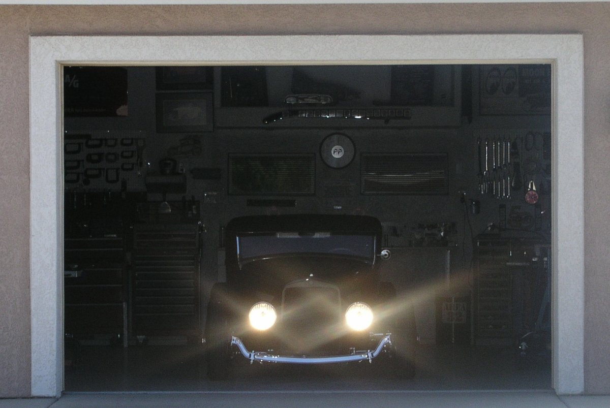 31 RPU Garage Door.jpg