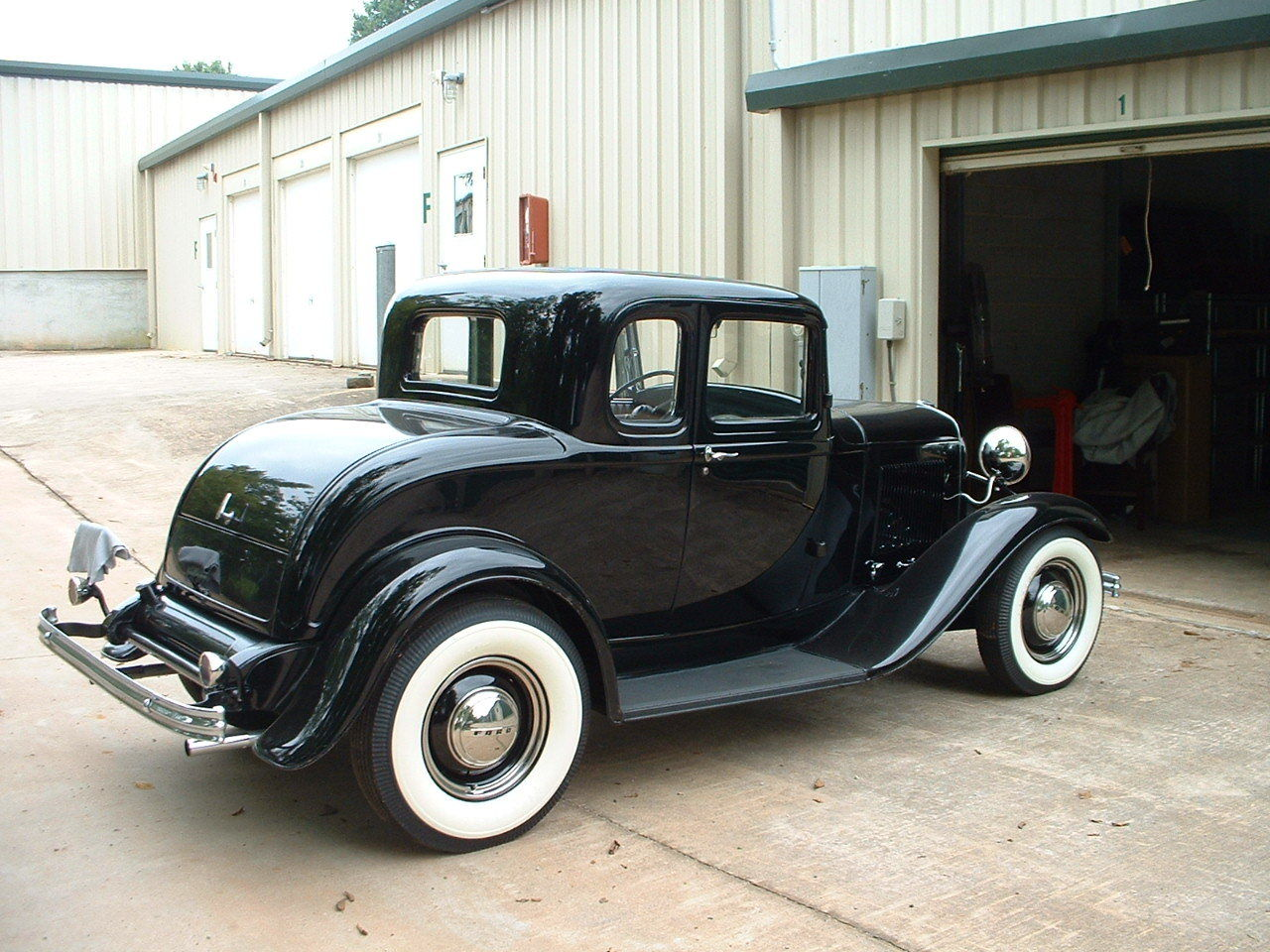 Hot rods 1932 ford 5 window in storage since 1954 for 1932 ford 5 window coupe