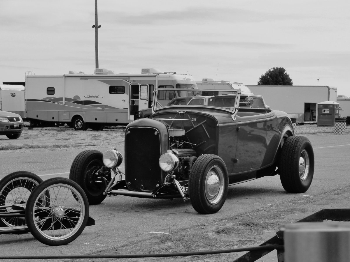 32 roadster b&w a.jpg
