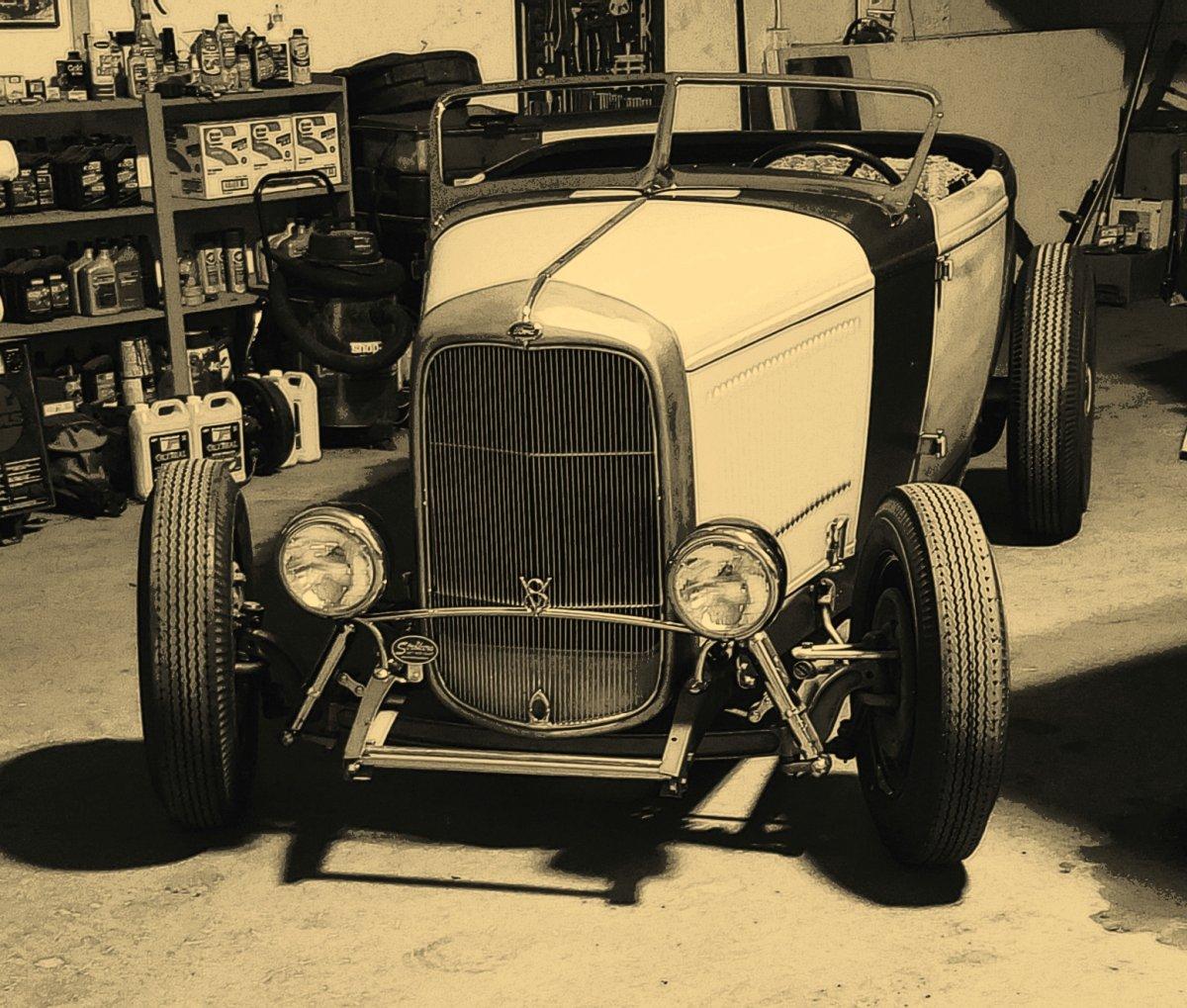 32 Roadster sepia xh.jpg