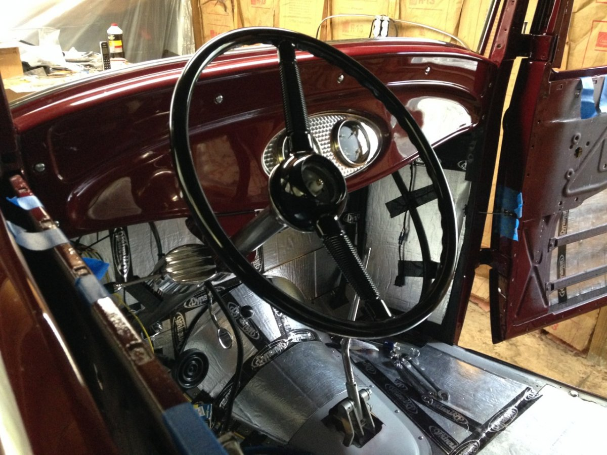 32 sedan - dash and steering wheel.jpg