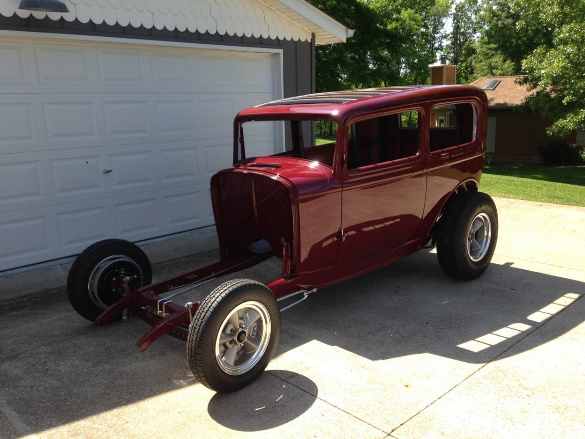 32 sedan - painted body on completed chassis - 2.jpg