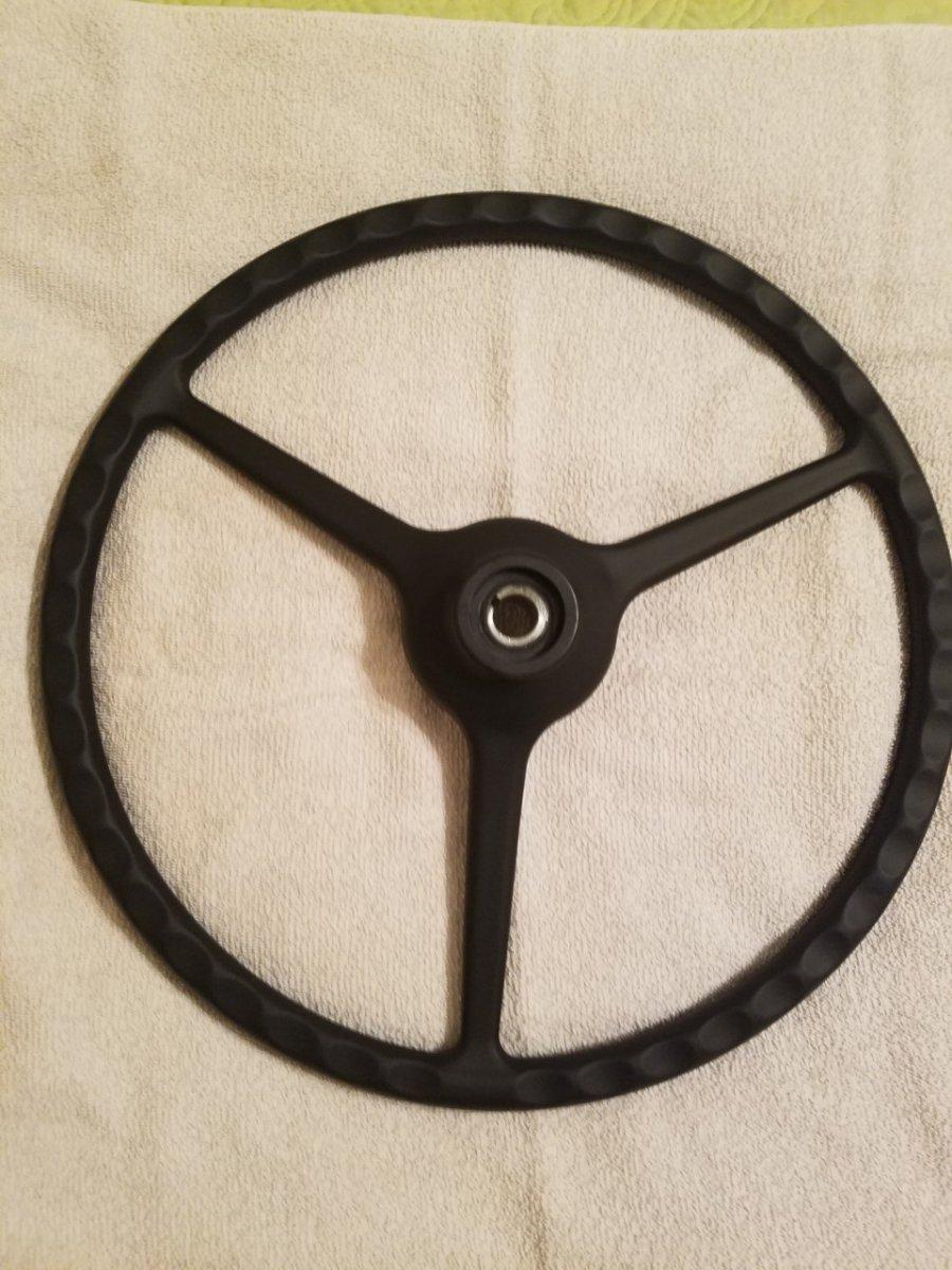 '32 Steering Wheel 2.jpg