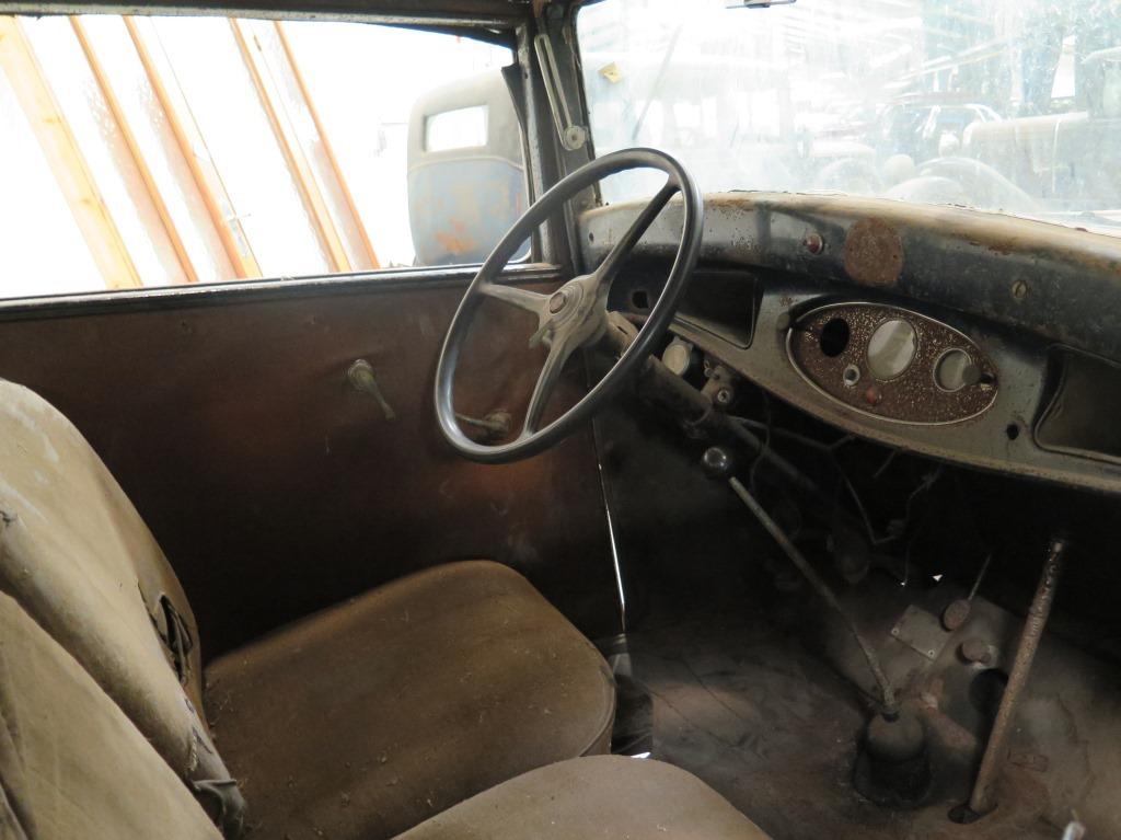 328-interior.jpg