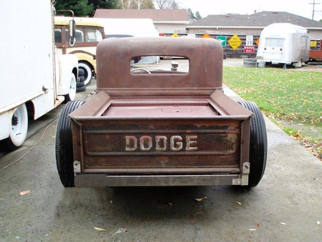 33 Dodge (7).jpg