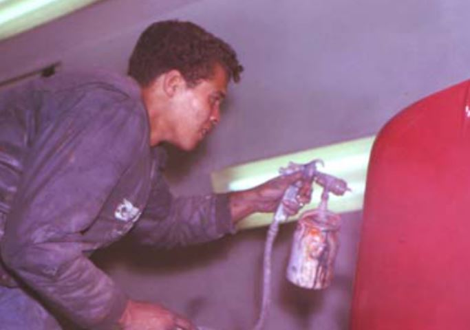 34 Don Prudehomme at his real job.JPG