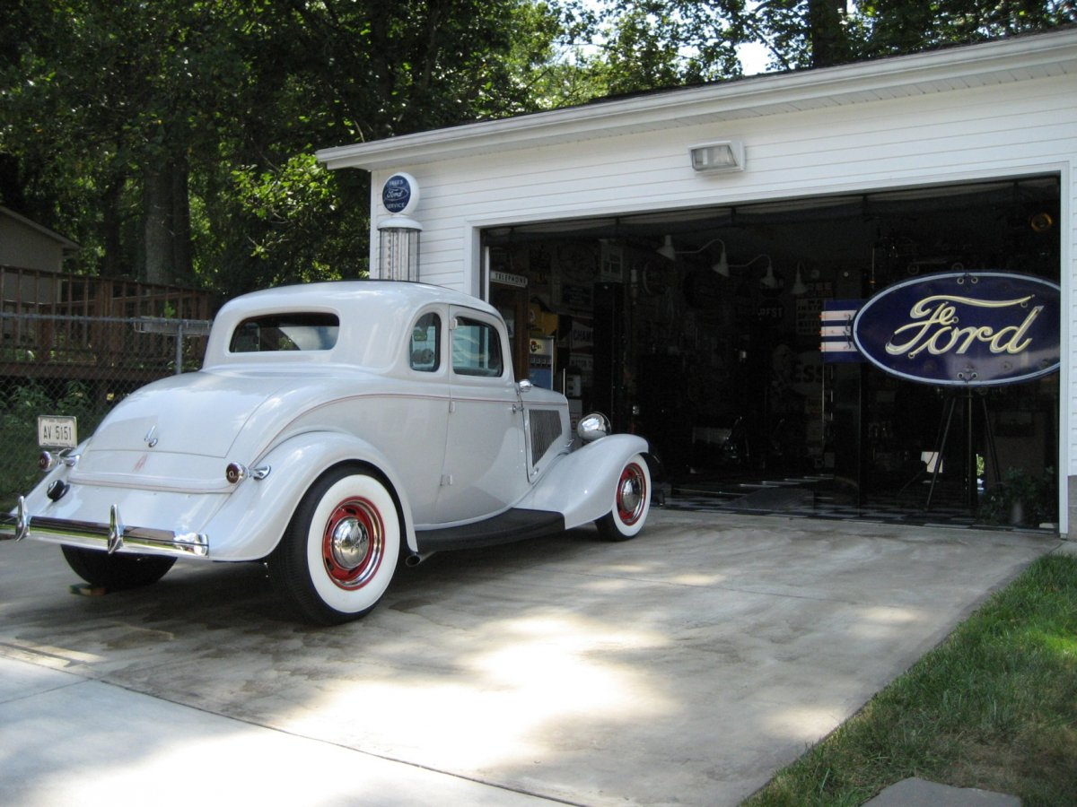 34 Ford outside #1.jpg