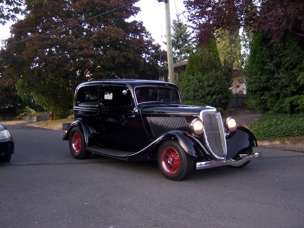 34 Ford Tudor.JPG