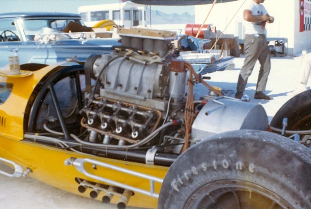 #360 D engine @ Bonneville 1963 (by Burly Burlile).jpg