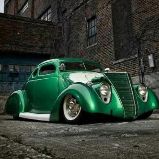 37 Ford green.jpg
