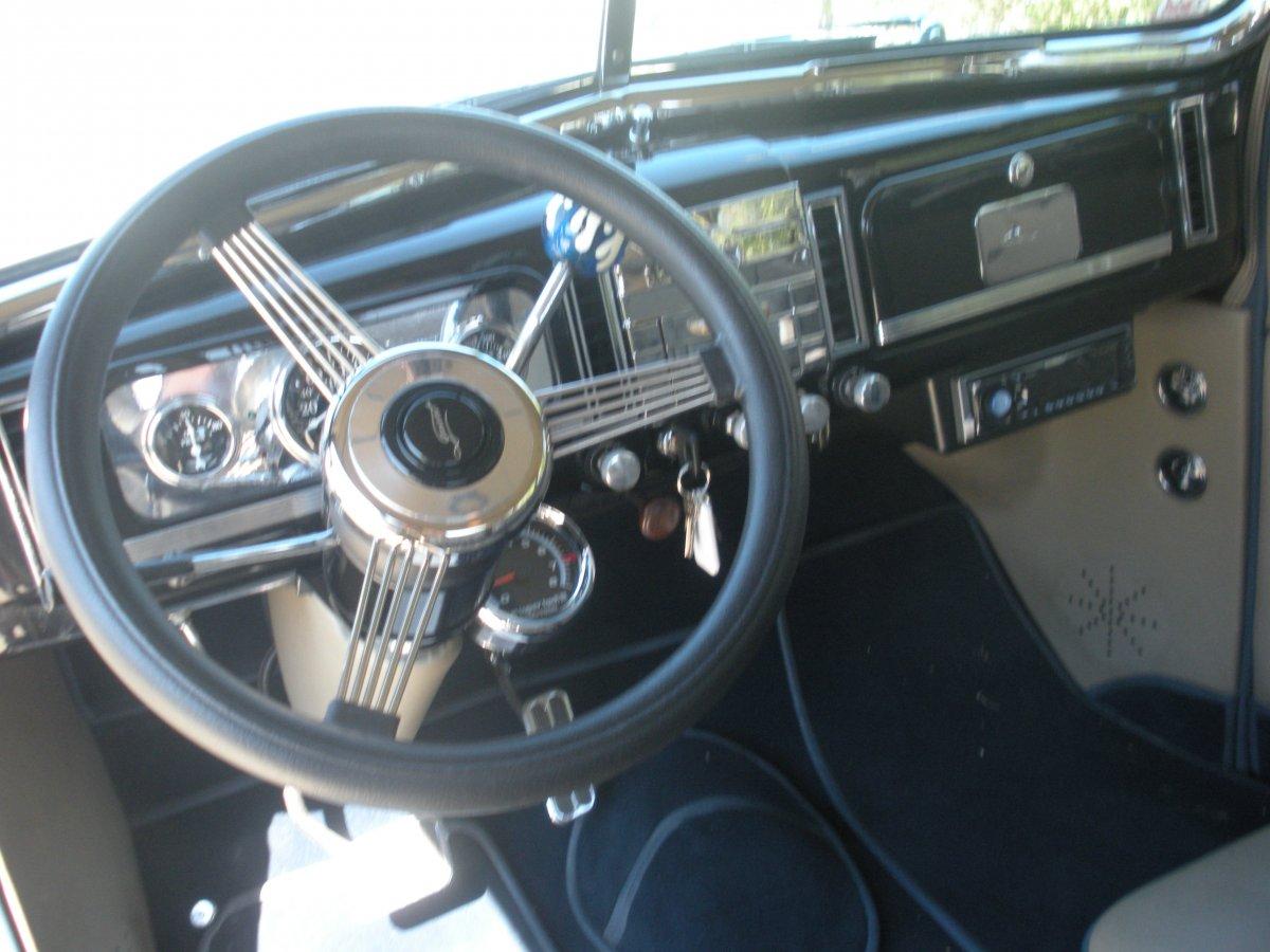 38 Chevy 005.jpg
