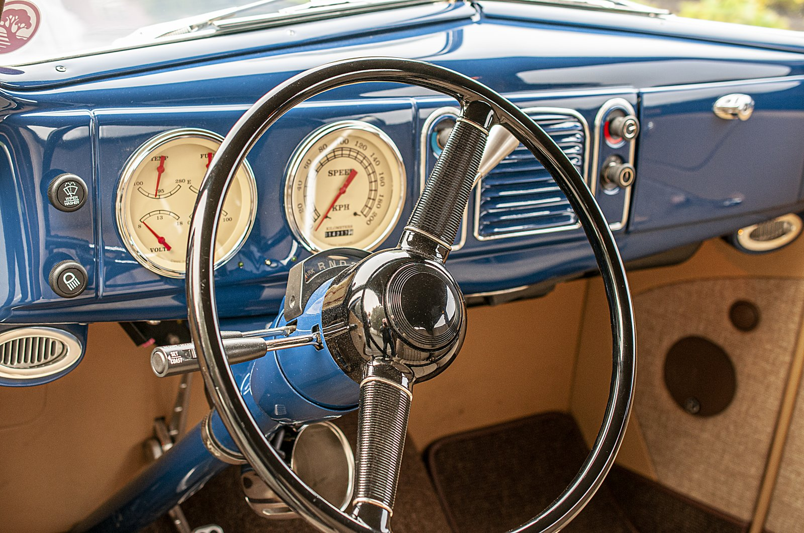 38 Ford-05.jpg
