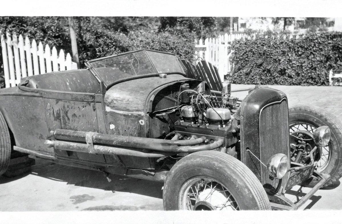 38 Harold-Johansen-model-a pipes.jpg