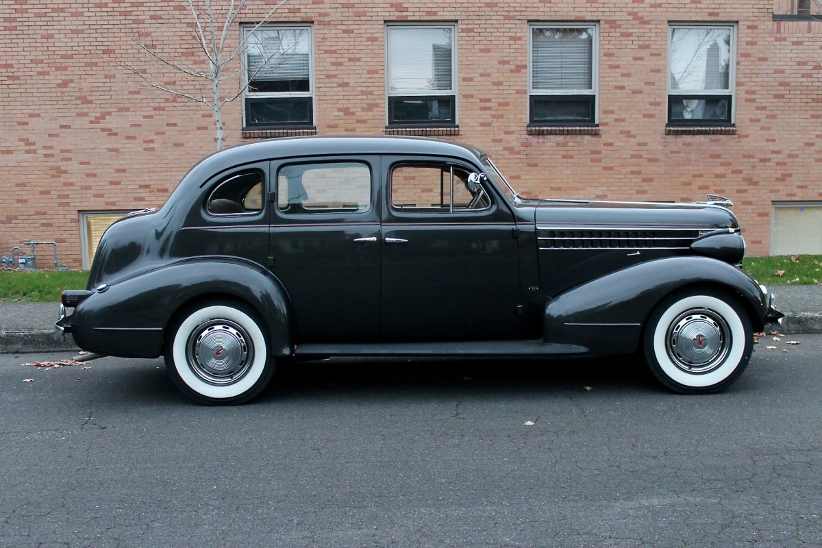 1938 Pontiac 8 Touring Sedan Model 28 The Hamb