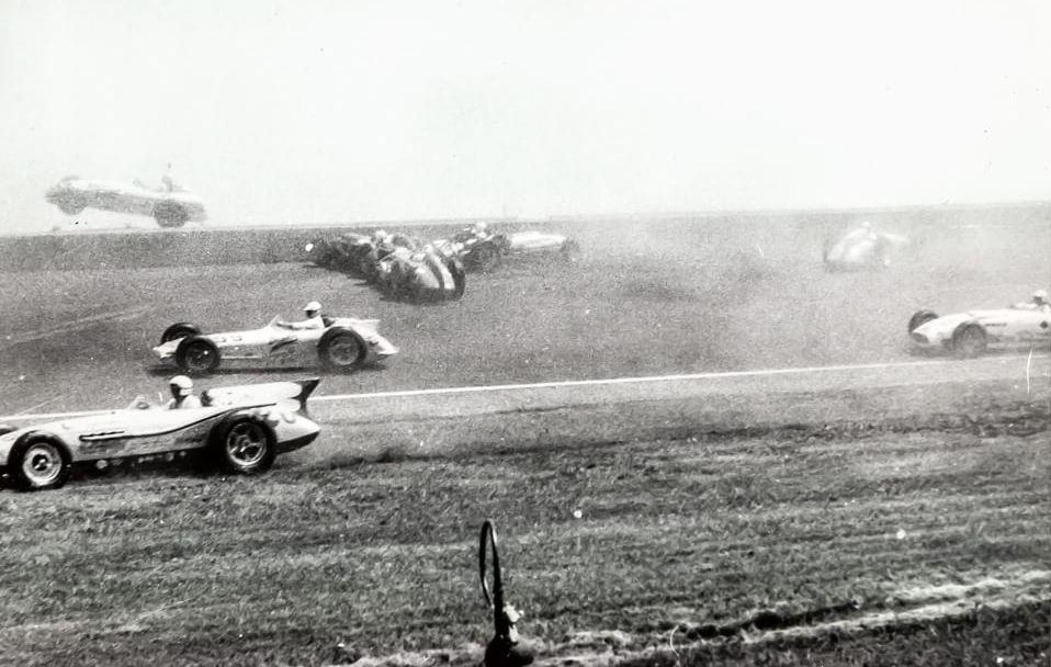 4 1958 indy7c.JPG