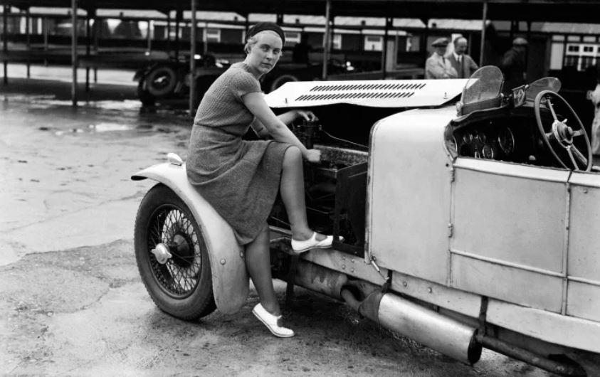 4 Kitty-Brunell-tunes-up-her-AC-Ace-Sports-engine-1932-740x507.JPG