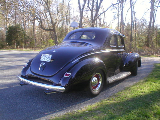 40 Ford coupe.jpg