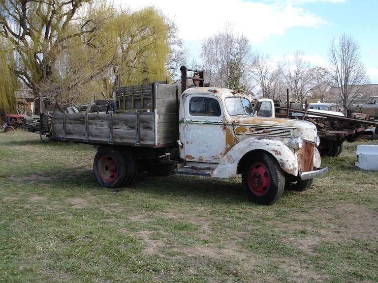 40 Ford donor truck.jpg