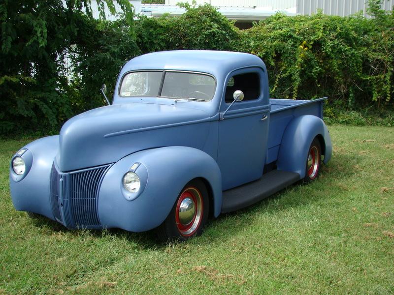 40 Ford Pickup blue suede 4.JPG