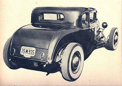 400px-Lynn-yakel-1932-ford-5-window-coupe5.jpg