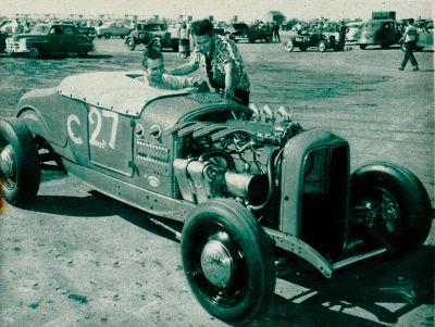 400px-Norm-taloyr-jot-horn-1927-ford.jpg