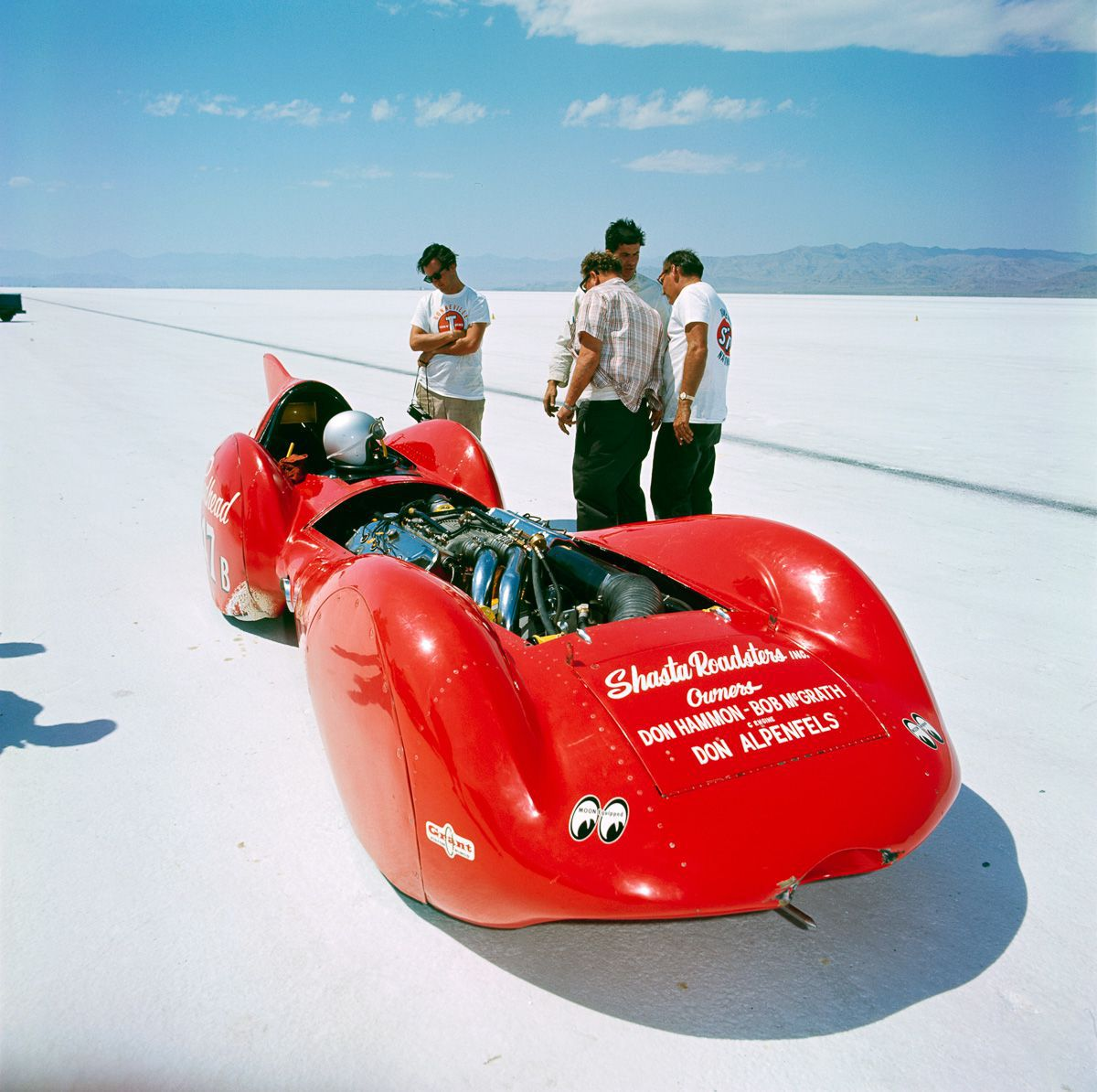 45 The Hammon-McGrath-Appenfels Redhead streamliner2.jpg