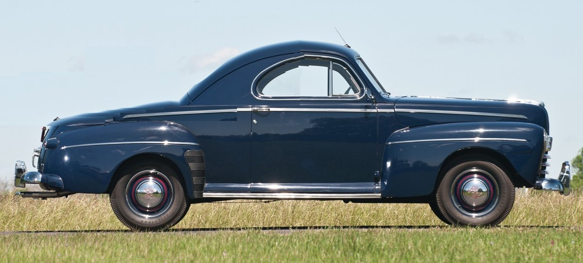 46 ford 3 window coupe.jpg