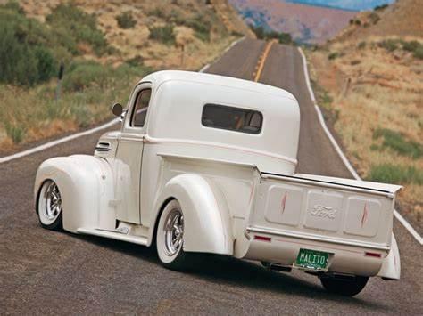 '46 Ford truck rear-Malito's.jpg