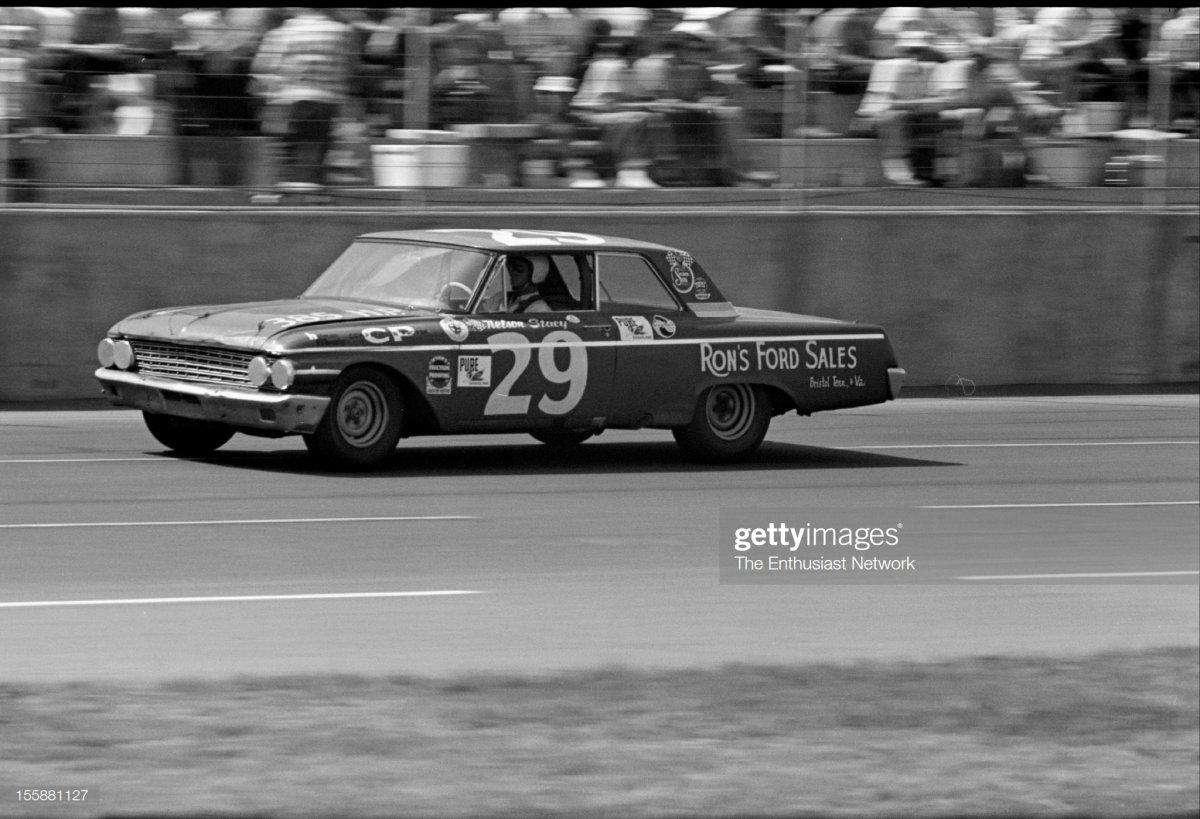 47  Charlotte  1962 ford.jpg