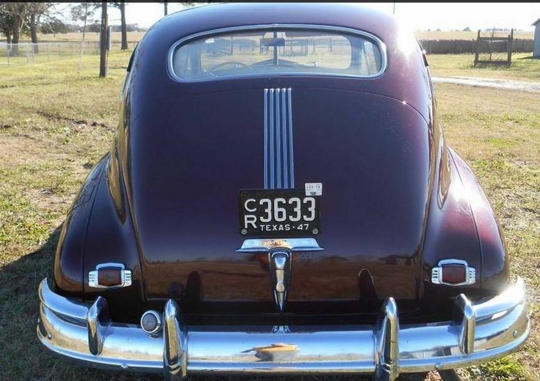 47 Pontiac.jpg
