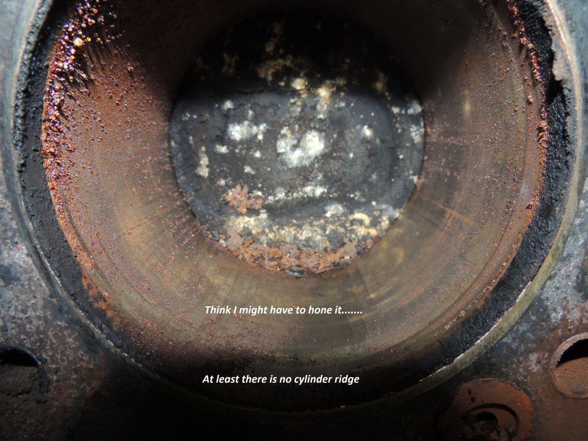 472 Cylinder Rust.JPG