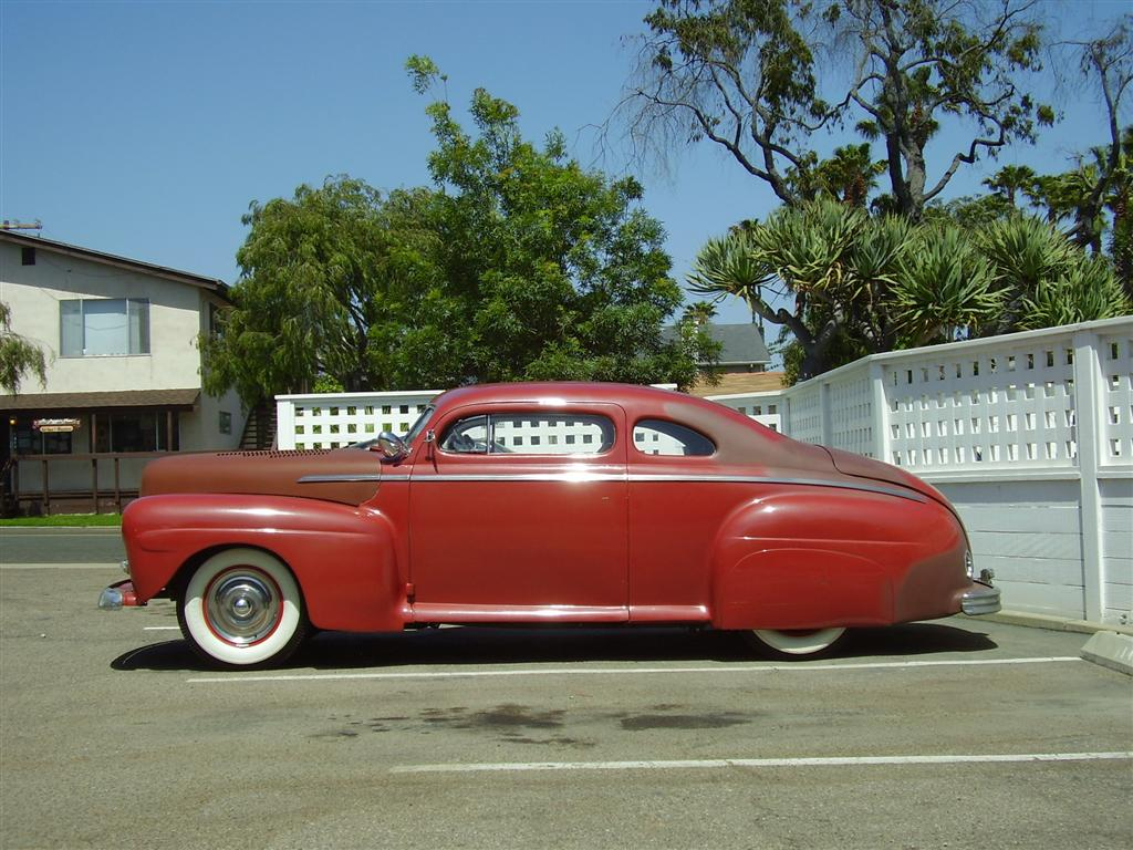 47CustomFord004Large-vi.jpg