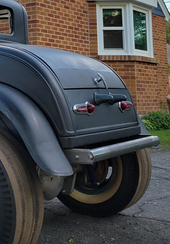 49 50 Chevy License Plate Lights - Hot Rod.jpg
