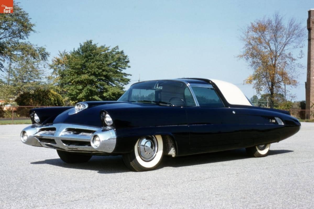 4a 53 Ford X-100 Concept Car.jpg